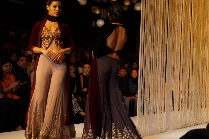 Manish-Malhotra-lakme-fashion-week -Winter-Festive-2013- (22)
