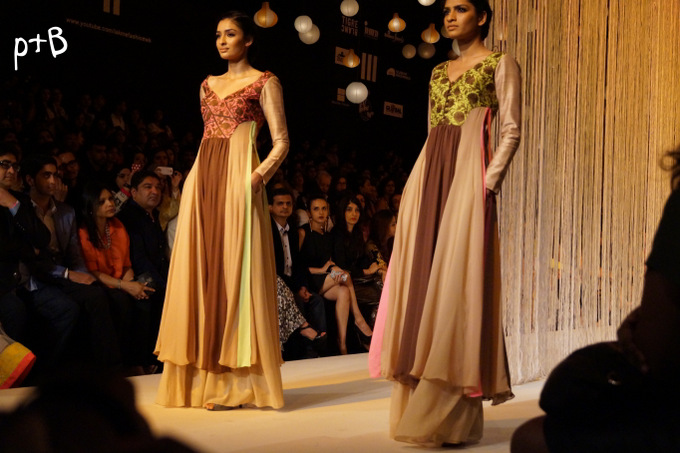 Manish-Malhotra-lakme-fashion-week -Winter-Festive-2013- (26)