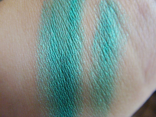 Maybelline Color Tattoo Edgy Emerald (2)