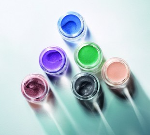 Estee Lauder Introduces Pure Color Stay-on Shadow Paints!