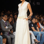 anita-dongre-2013-lakme-fashion-week-winter-festive (2)