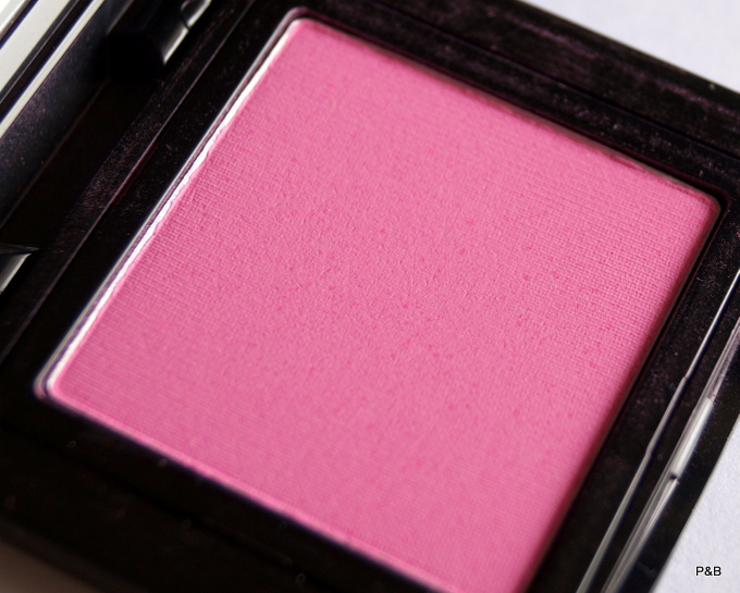 bobbi-brown-pale-pink-blush1