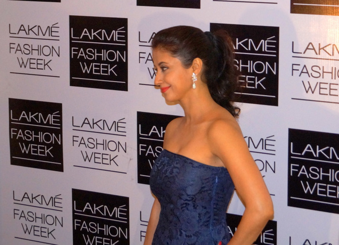 bollywood-lakme-fashion-week-2013-winter-festive12