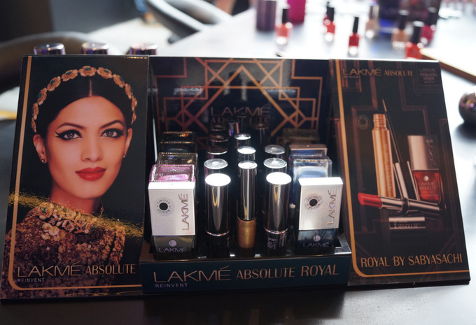 lakme-absolute-royal-collection-002