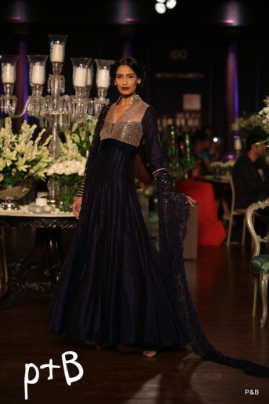 manish-malhotra-2013-delhi-couture-week (4)