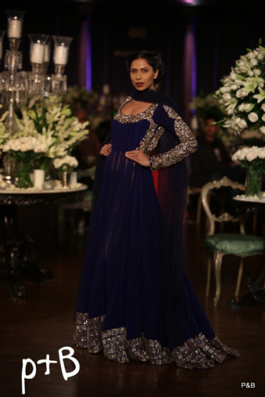 manish-malhotra-2013-delhi-couture-week (6)