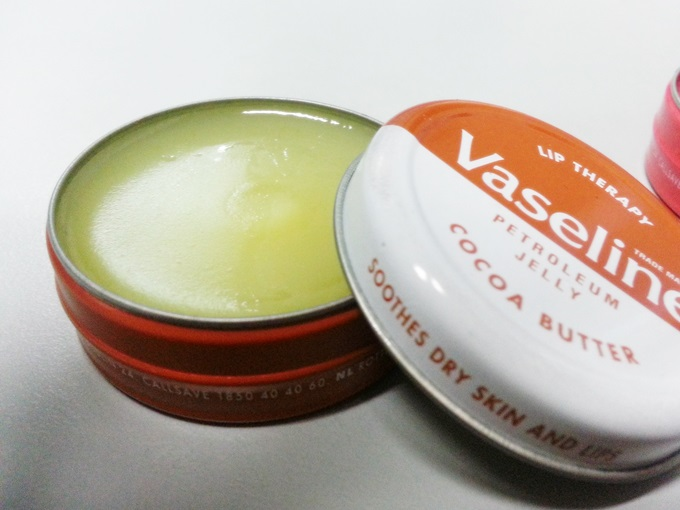 Vaseline Lip Therapy (3)