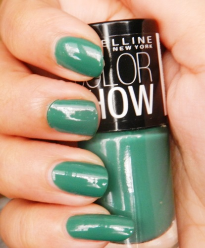 Maybelline Colorshow Nail Polish - Velvet Wine & Tenacious Teal (1)