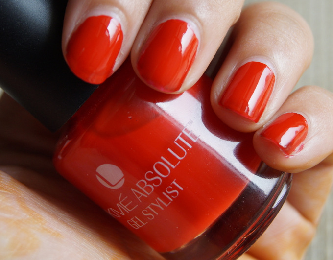 lakme-absolute-gel-stylist-nailpolish1