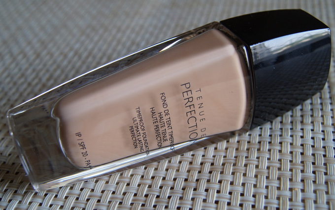 guerlain-tenue-de-perfection-timeproof-foundation