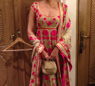 Festive Sighting: Sonam Kapoor in Abu Sandeep