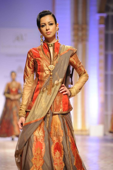 aashima-leena-india-bridal-week (5)