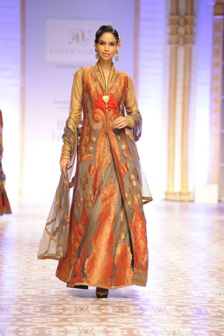 aashima-leena-india-bridal-week (6)