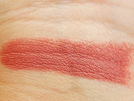 Lakme 9 to 5 Lipstick In Pink Bureau Swatches & Review (4)