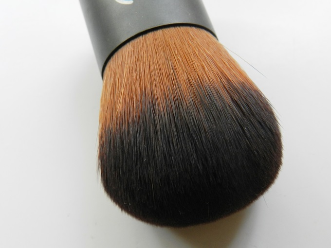 TBS Extra Virgin Minerals Foundation Brush (3)