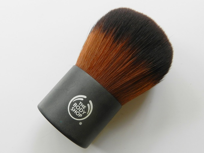 TBS Extra Virgin Minerals Foundation Brush (4)