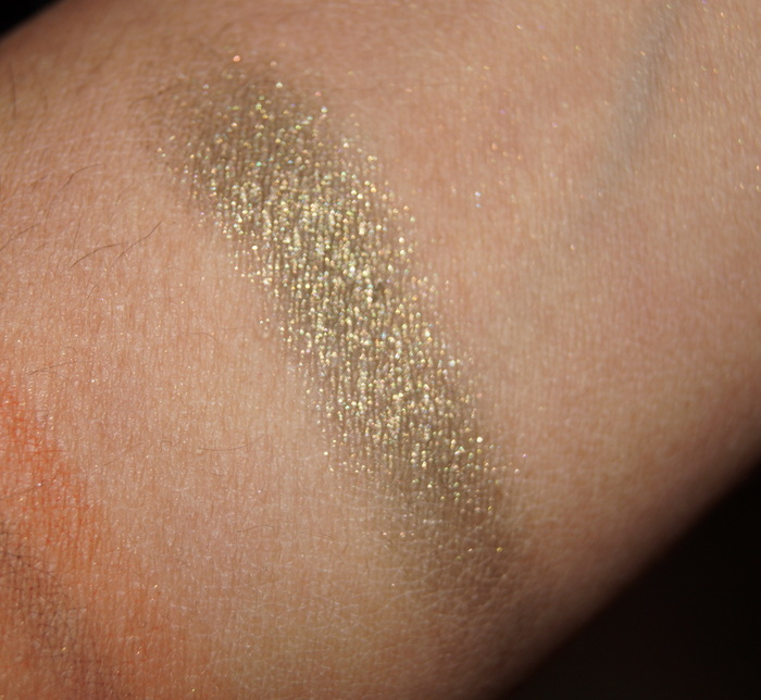 bourjois-color-edition-24hr-eyeshadow-2