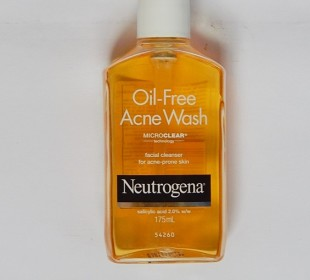 Neutrogena Oil-Free Acne Wash Review