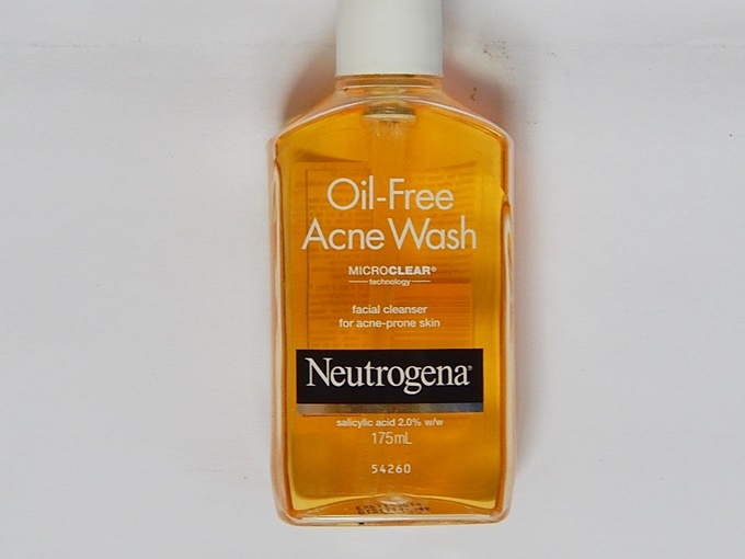 neutrogena oil free acne wash (1)