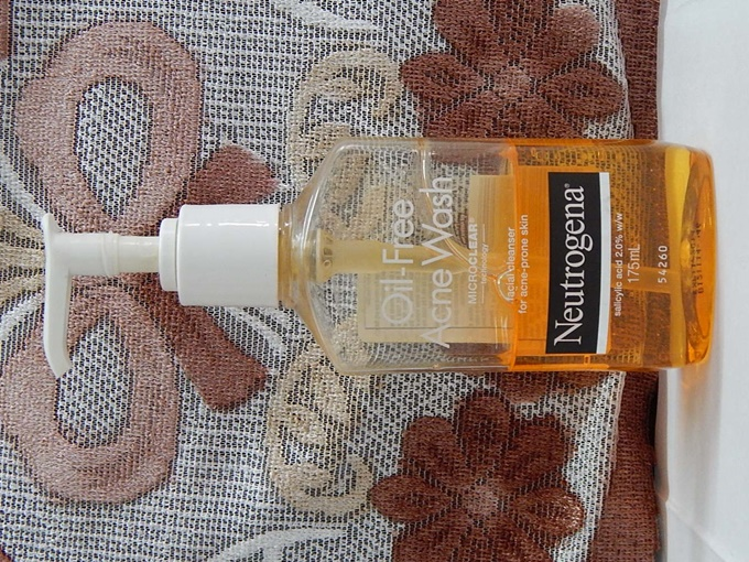 neutrogena oil free acne wash 10
