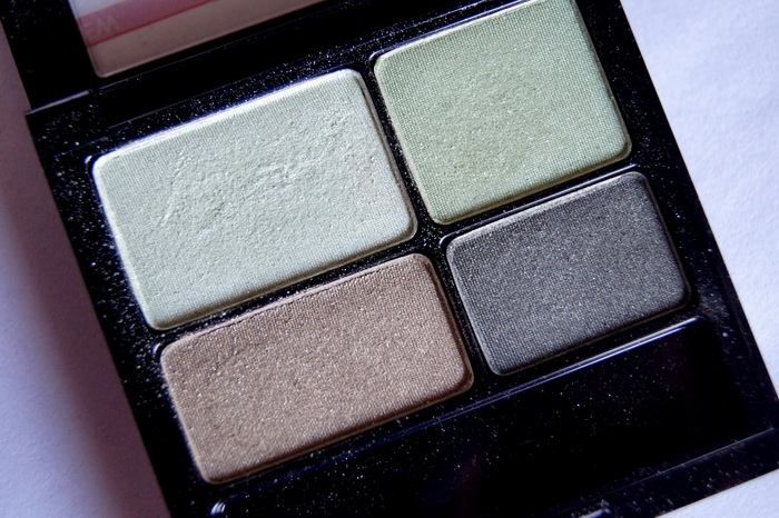 revlon-colorstay-eyeshadow-quad-review-001