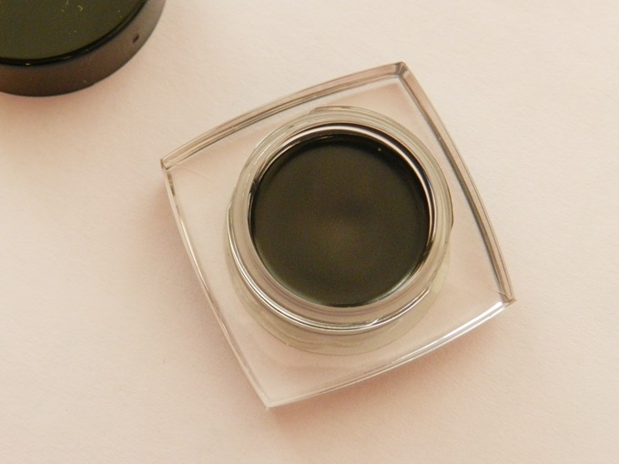 Maybelline Eyestudio Lasting Drama 36Hr Gel Liner in Black Review (8)