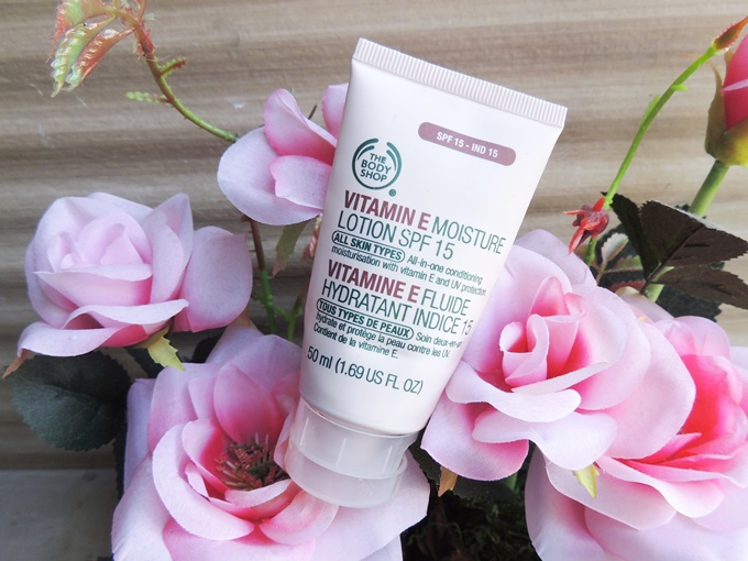 The Body Shop Moisture Lotion SPF 15 Review (3)