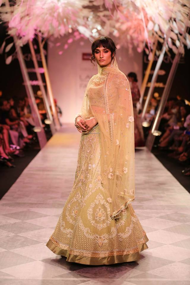 lakme-fashion-week-2014