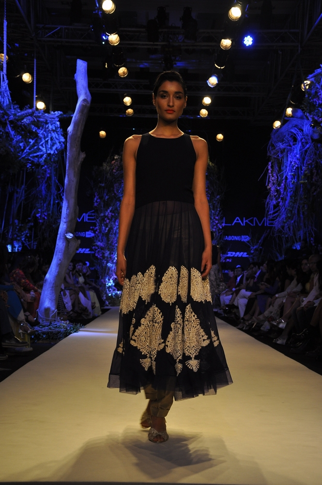 manish-malhotra-;akme-fashion-week-2014 (1)