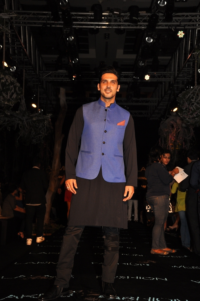 manish-malhotra-;akme-fashion-week-2014 (22)