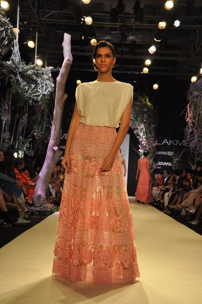 manish-malhotra-;akme-fashion-week-2014 (9)