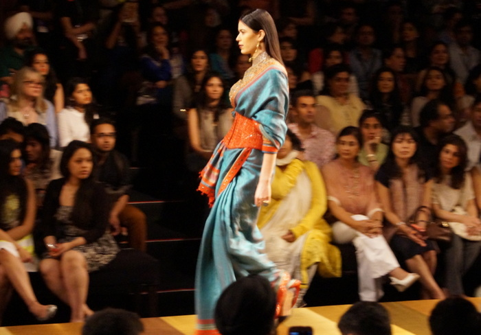 tarun-tahiliani-wills-india-fashion-week6