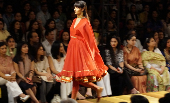 tarun-tahiliani-wills-india-fashion-week7