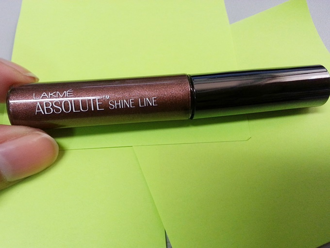 Lakme Absolute Shine Line in Brown Review (2)