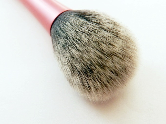 Real Techniques Blush Brush Review (2)