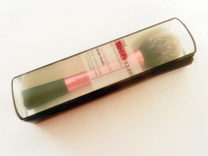 Real Techniques Blush Brush Review (6)