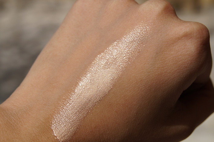 chambor-light-sheer-skin-highlighter11
