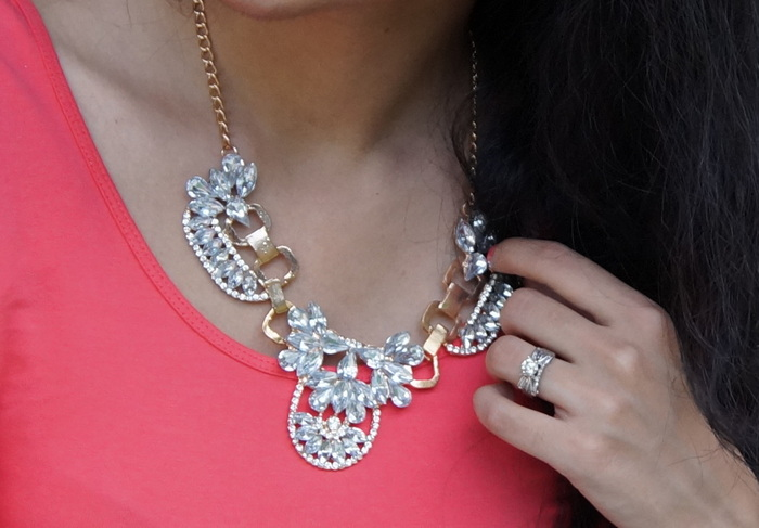 chunky-necklace-rhinestones-001