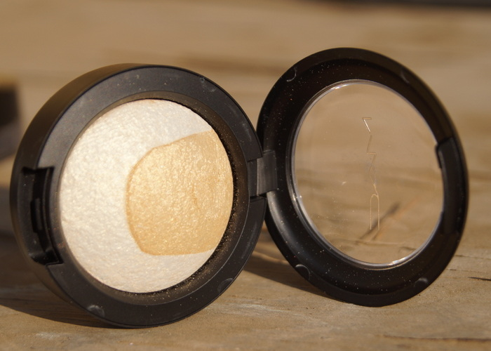 mac-mineralize-eyeshadow-captivating-001