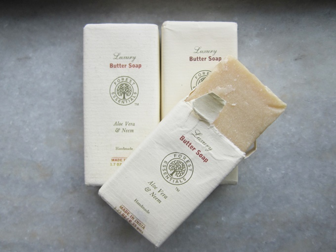 Forest Essential Neem & Aloevera Butter Soap Review (2)