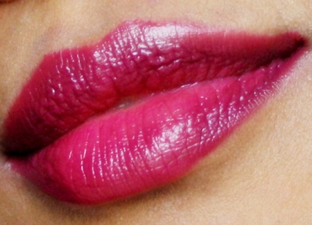 Maybelline The Jewels Colorsensational Lipstick in Berry Brilliant (6)