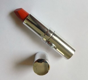 Colorbar Matte Touch Lipstick in Two For Tango: Swatches & Review