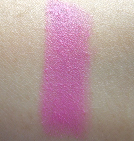 Revlon Super Lustrous Lipstick in Stormy Pink  (1)