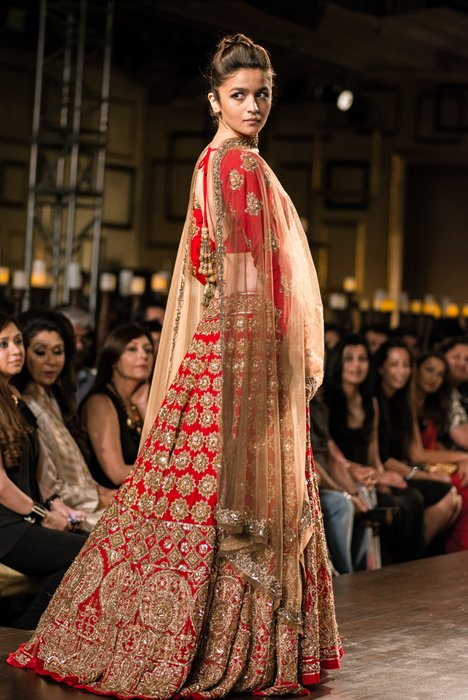 517f212badc Manish Malhotra at India Couture Week 2014 - Peachesandblush