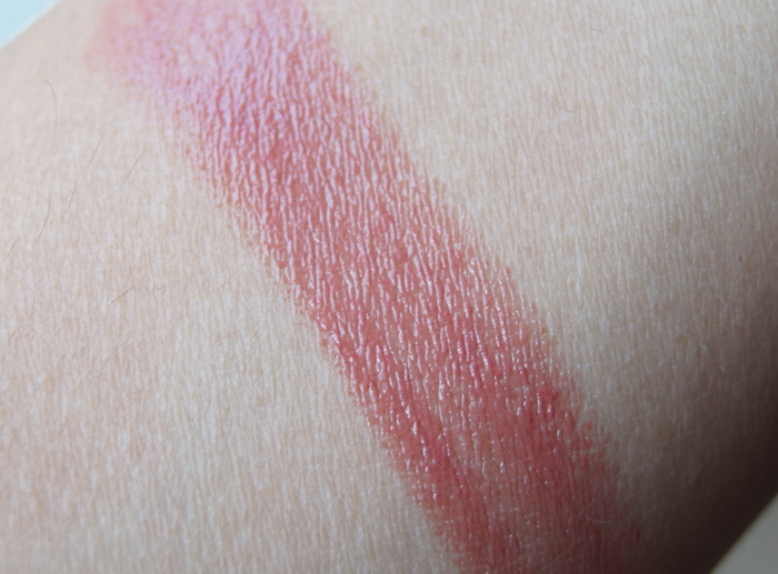 bobbi-brown-italian-rose-creamy-lip-color3