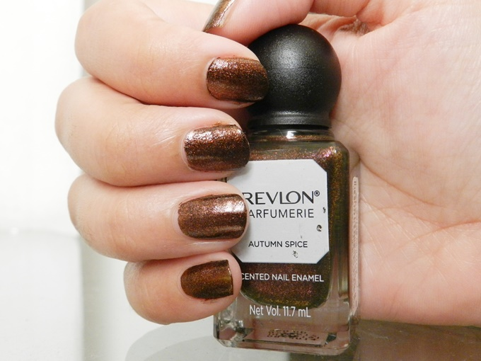 Thumbnail image for Revlon Parfumerie Scented Nail Enamel in Autumn Spice Review