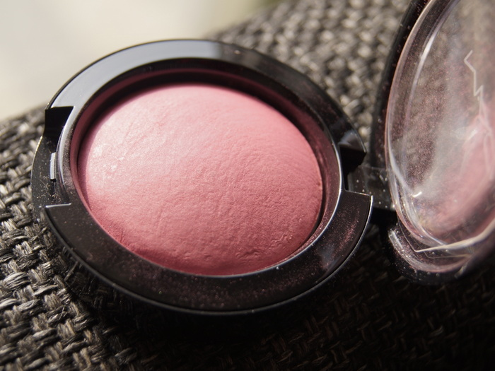 2-mac-heirloom-mix-collection-blush-sweet0sentiment