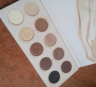 Zoeva Naturally Yours Eyeshadow Palette: Review & Swatches