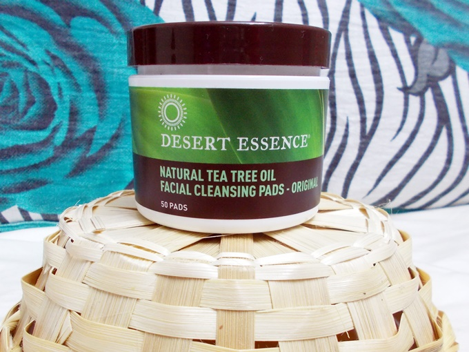 Thumbnail image for Desert Essence Tea Tree Oil Facial Cleansing Pads Review
