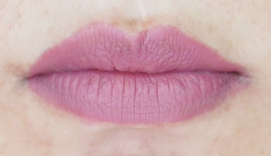 Essence Lip Liner in Honey Berry Review (2)